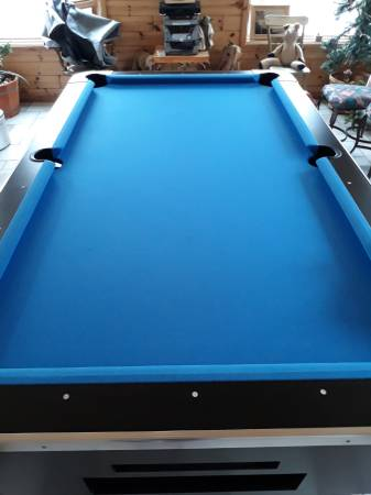 Solo 174 Clare Coin Operated Pool Table 71